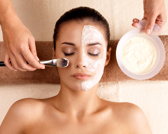 Factors to Consider Before Selecting a Skin Clinic Glasgow